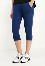 Ladies Nike Tech Fleece NSW 3/4 Length Jogging Bottoms Knee Length Size Medium M