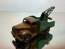 DINKY TOYS 930 COMMER BREAKDOWN RECOVERY TRUCK - BROWN + GREEN - GOOD CONDITION
