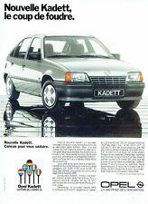 Publicité Advertising 057  1985  Opel Kadett   voiture de l'année