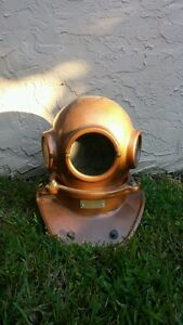 Diver's Classic 3-light/3-Bolt Styled Diving Helmet Replica To Dive For