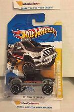 '10 Toyota Tundra #40 * BLACK * PREMIERE CARD * 2012 Hot Wheels * Y3