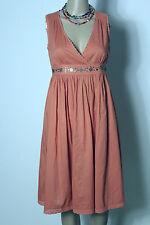 sisley Kleid Gr. 36 lachs/apricot knielang ärmellos Empire Kleid mit Häkelborten