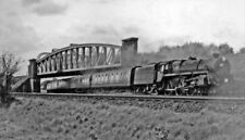 PHOTO  BR STANDARD 5MT 4-6-0 NO. 73113 LYONESSE COMING UNDER THE BATTLEDOWN FLYO