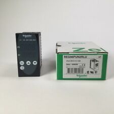 Schneider Electric REG96PUN2RLU Temperature control relay 96 x 48 mm New NFP