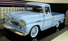 Motormax 1/24 Scale 1958 Chevy Apache Fleetside Pickup Blue Diecast model car