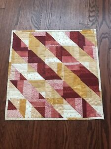"""HAND QUILTED COTTON WALL HANGING ~ 19 X 19"""" ROD POCKET ON BACK"""