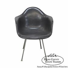Herman Miller Mid Century Eames Shell Chair