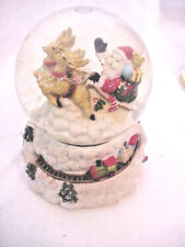 """+San Franisco Music Box Co. """"Santa Clause Is Coing To Town"""" Snow Globe"""