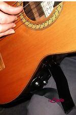 Support DE GUITARE GITANO convenable pour toutes les tailles de guitare