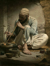 Oil painting figure portrait Arab man Craftsman goldsmith Making jewelry canvas
