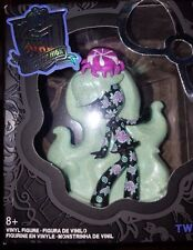 MONSTER HIGH TWYLA VINYL CHASE FIGURE DOLL CANDY COATED GLITTER NEW NRFB