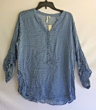Grand & Greene Women's Navy Top, gold button front and sleeves. NWT Size L, Cute
