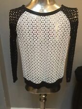 BNWT Romeo & Juliet Couture Black/Cream Long Sleeve Lace Pullover Blouse SZ M