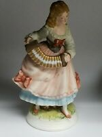 Vintage Napcoware Classic Gallery Collection C-8529 Victorian Lady Figurine