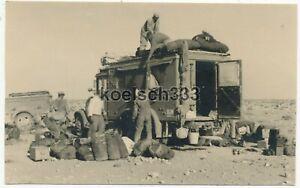 Foto Funkwagen LKW der Luftwaffe und Sd. Anhänger in Fuka ! Afrika Korps ! DAK !