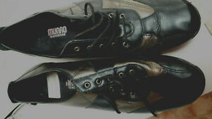 Womens comfort shoes Bronze/black 11 leather  lace ups Munro