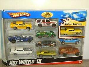 10 Car Pack Exclusive Decoration 2009 - Hot Wheels Hotwheels in Box *43885