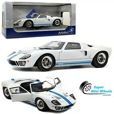 Solido 1:18 1968 Ford GT40 MKI Widebody (White with blue stripes) Diecast Model
