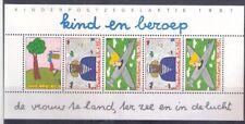 Nederland   Kindblok 1390  Postfris