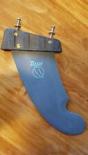 Tiga World Cup Wave 229 windsurfing fin, Conic box, excellent, w/ adapter/bolts
