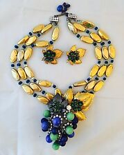 LAWRENCE VRBA Beautiful Art Glass, Crystals Grapes Set Necklace, Earrings & Pin