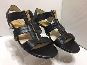 Michael Kors Berkley Black Leather Flat Sandal Gold Zipper Women's Size 7.5M