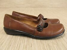 Clarks Brown Leather Shoes Women's Size US 7 M Casual Button Loafers Mary Janes