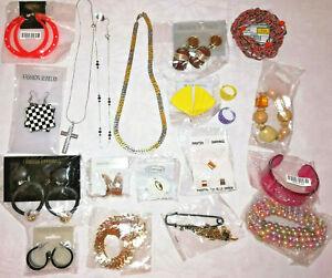 Modeschmuck Konvolut 2: 20 Teile Restposten Halsketten Ohrringe Armbänder Ringe