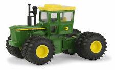 John Deere  Model 7520 Tractor With Cab 1/64 Scale  New In Original Package ERTL