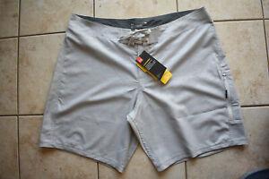 New Men's Under Armour Shore Break Embossed Boardshorts 40 Gray Shorts Trunks