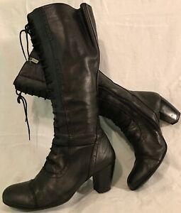 DUO Black Knee High Leather Beautiful Boots Size 39H (316v)