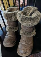 Women's Size 7 Ugg Boots, Brown Short Boots, Buckles And Fur~ Excellent...