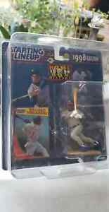 Sammy Sosa Chicago Cubs Starting Lineup 1998 SLU MLB Action Figure & Card