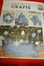 McCalls  Crafts 3777 Blue Christmas Decorations, Wreath, Stockings, Ornaments