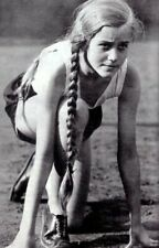 WW2 WWII Photo Young German Fraulein Track Athlete World War Two Germany / 2578