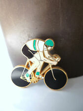 Pin's Arthus Bertrand Vélo cyclisme maillot vert