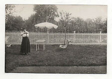 CARTE PHOTO - Vintage Femme Tir Fusil Chasse Arme Ordre Doigts - Vers 1910