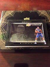 2011 Exquisite basketball DEMARCUS COUSINS - Shadowbox - Kentucky