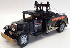 Crown Premiums 1/24 Scale 2403626 - 1934 Ford Tow Truck - Black