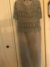 Karen Miller New York gray/silver Special Occasion Lace Overlay Dress Size 14P