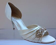 Ivanka Trump Womens Off White Satin Sandals 10 M. Gorgeous!!!!