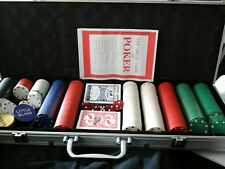 Metal lockable case poker game and chips