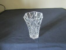 SMALL CRYSTAL CUT GLASS VASE.