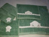 NEW Vintage Green Ames/Caldwell Bath/Hand/Fingertip/Washcloth set of 4 w/ tags