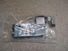 MAC PNEUMATIC CONTROL VALVE P/N:52A1180ADMDFBJ1KE 2/120PSIG MAX #314107G NEW