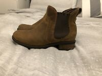 Genuine Bonham Chelsea UGG Boots Brown Tan Size 4.5