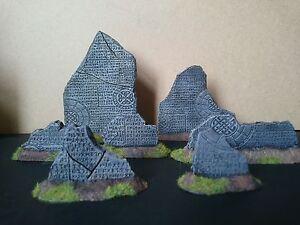 7*  Runic walls  Resin  Great for Wargames War hammer 40k Mantic KOW Warpath etc