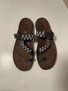 Merrell Women's Around Town Sunvue Thong Woven Sandal, Black Size 10