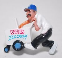 HOMIES series 6 ICE CREAM VENDOR EL PALETERO SINGLE FIGURE LA CAP