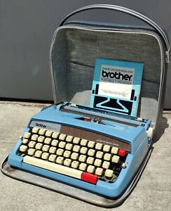 Vintage Brother Opus 889 Typewriter - Made in Japan - Blue - w/ Zippered Case C2